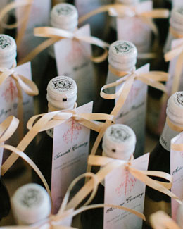Make Your Wine Favours